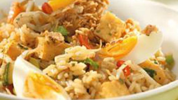 Nasi met tofu en ei