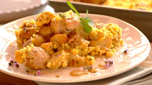 Receita Crumble de Salsicha com Cogumelos