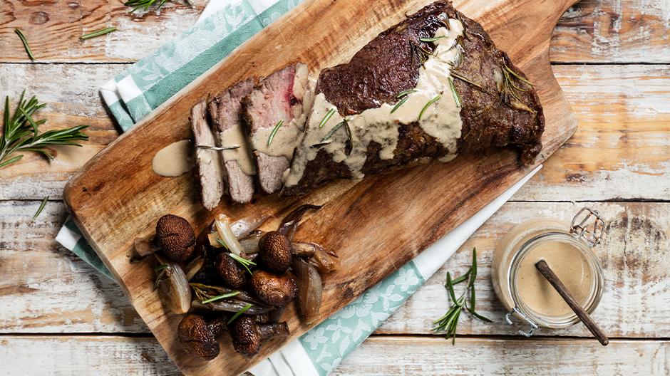 Carne Vazia no forno com cogumelos e chalotas
