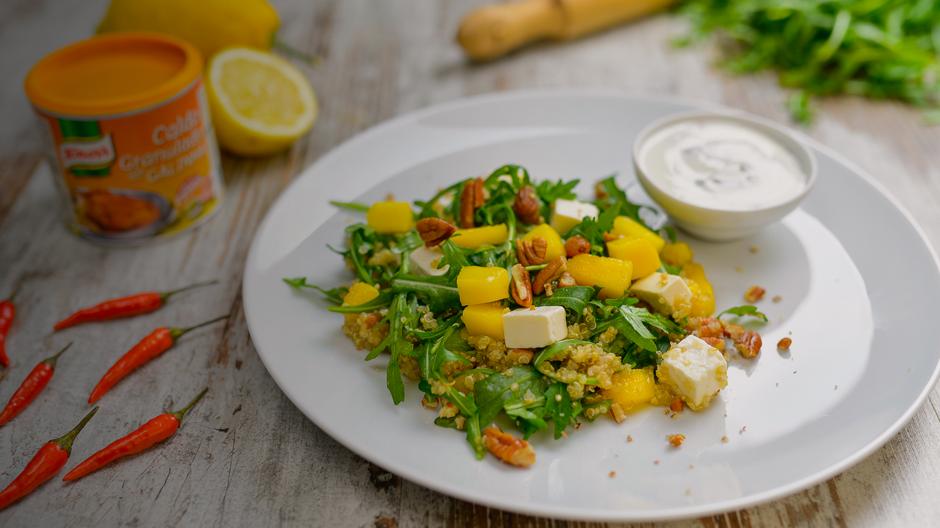 Salada de Quinoa com Feta e Manga