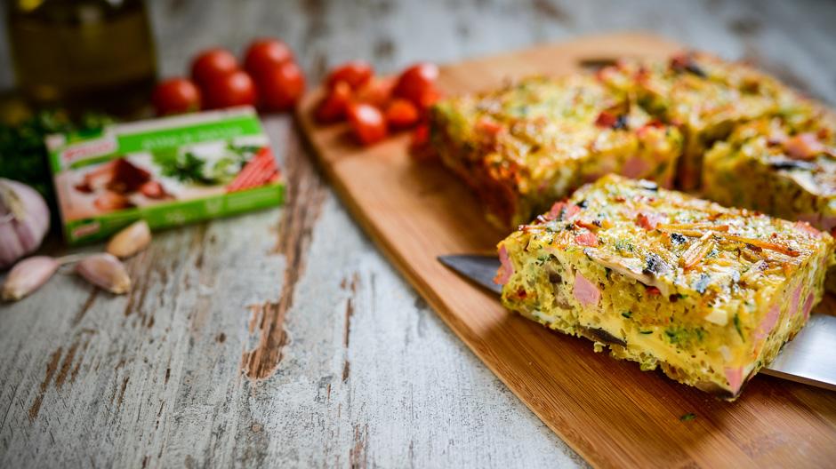 Tortilha de forno com fiambre e legumes