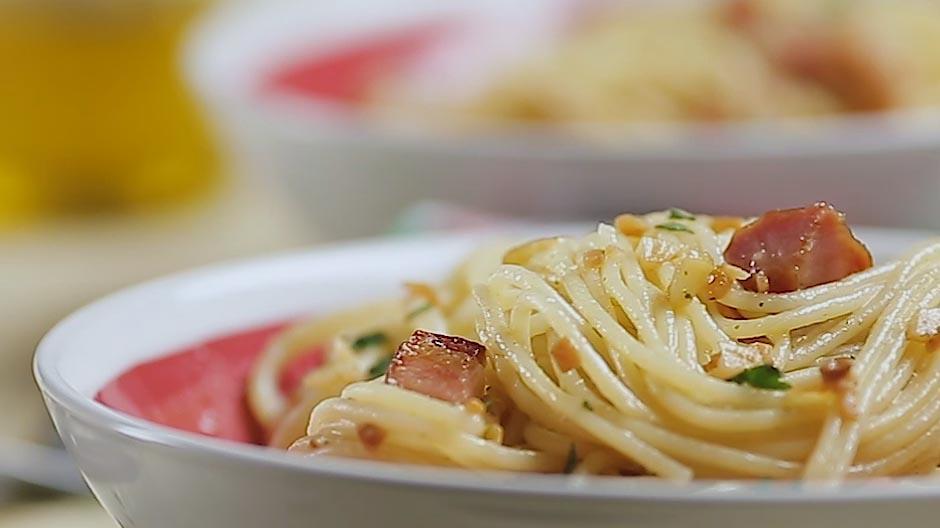 Receita esparguete alho e azeite