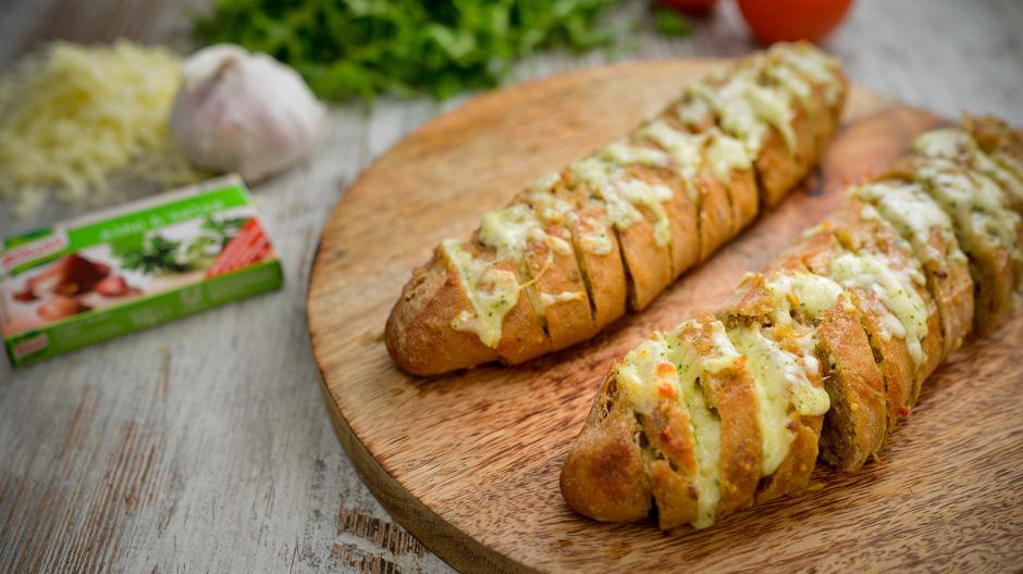 Receita Pão de alho e salsa