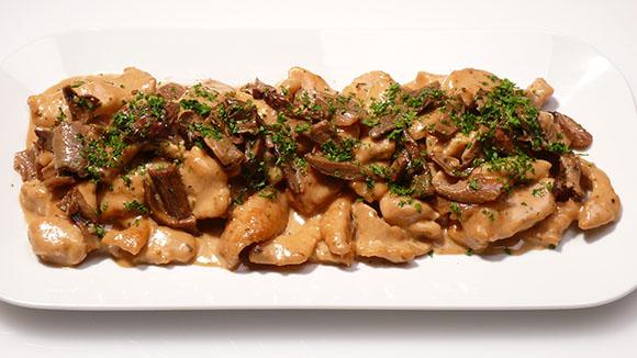 Receita Strogonoff de Peru com Cogumelos Shitake