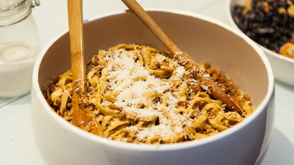 Домашняя паста болоньезе