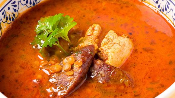 Пряный суп с индейкой и чечевицей