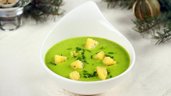 Крем суп из зеленого горошка со сливками