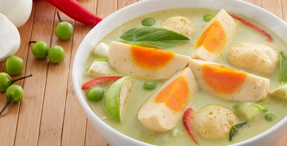 แกงเขียวหวานปลากรายยัดไส้ไข่เค็ม