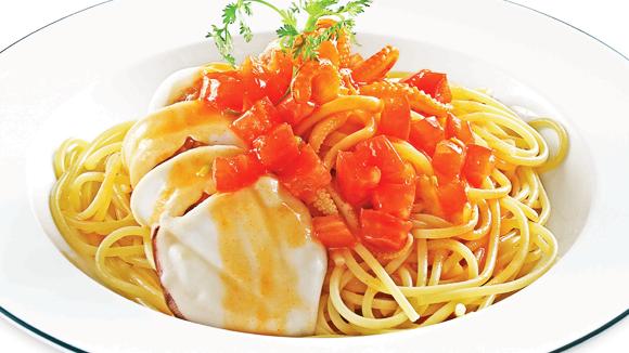 Mì Ý xốt cà chua mực nhồi