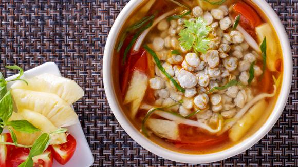Canh chua hến