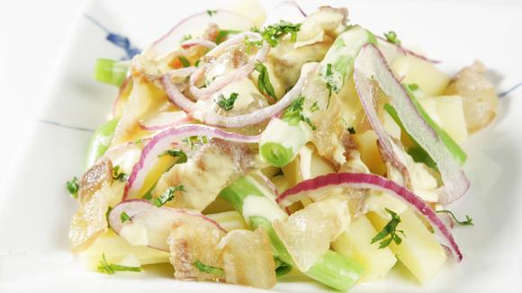 Salad khoai tây