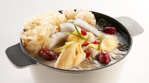 棗皇椰子雪耳雞鍋