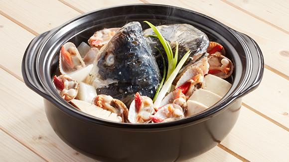 魚頭花甲煲