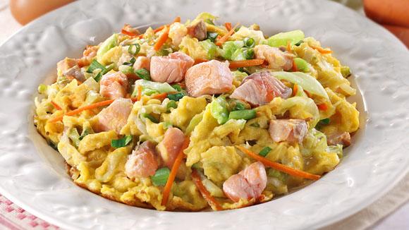 三文魚菜絲蛋餅