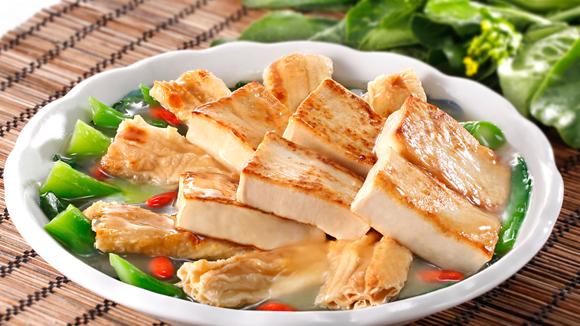 時菜枝竹炆豆腐