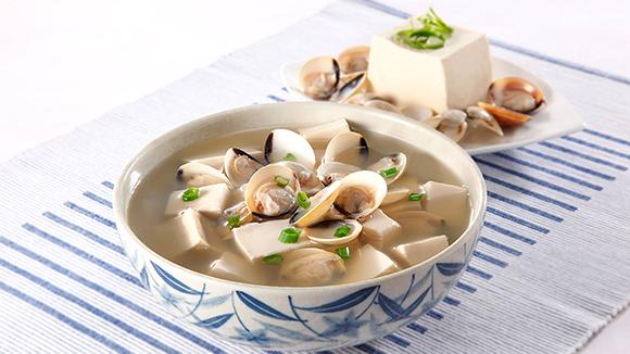 綠茶豆腐蜆湯