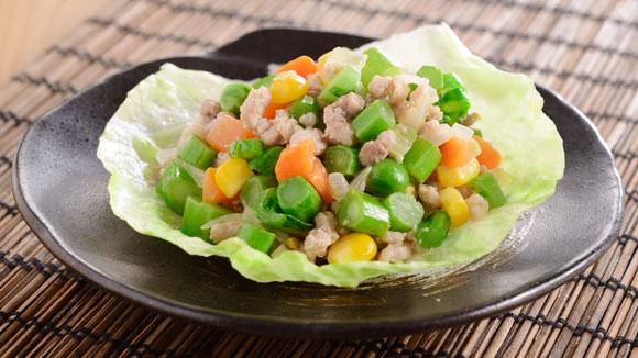 肉鬆雜豆生菜包