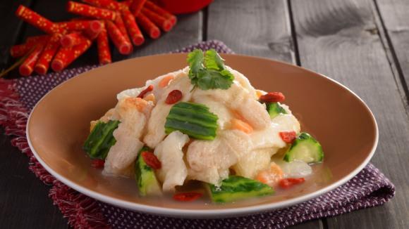 魚湯蝦米燴竹笙魚肚