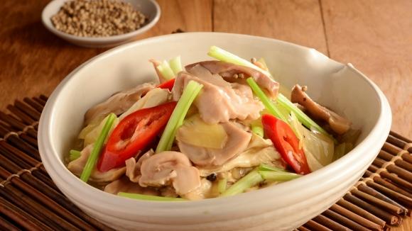 濃湯鹹菜炆豬肚