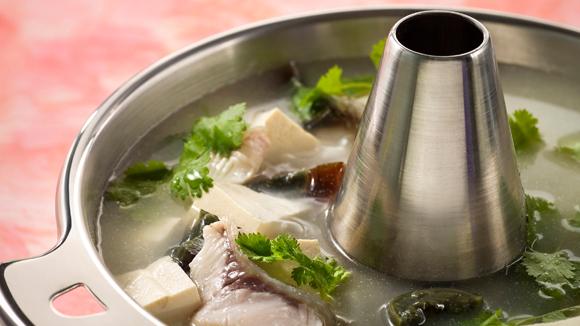 芫茜皮蛋魚湯底
