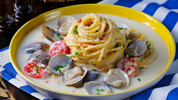 奶油白醬蛤蠣海鮮麵
