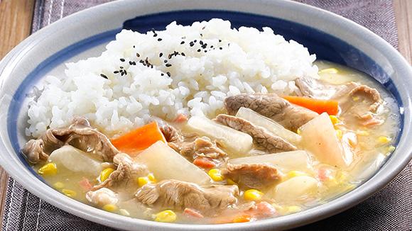 紅白蘿蔔玉米牛肉燴飯