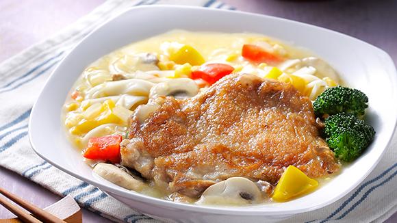 金黃蘑菇雞排麵