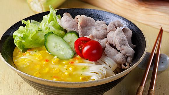 金黃玉米醬拌麵