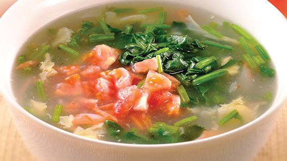 菠菜番茄海鮮湯