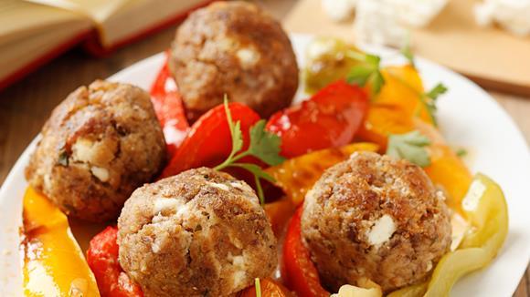 Fleischbällchen mit Paprika-Gemüse