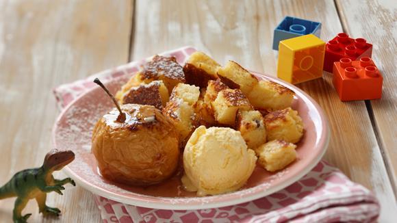 Grießschmarrn mit Bratapfel und Vanilleeis
