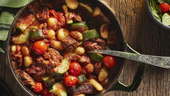 Mediterrane One Pot Gnocchi mit Zucchini