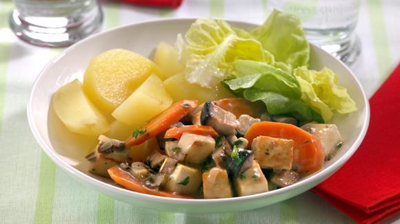 Steinpilz-Tofu-Ragout mit Rüebli