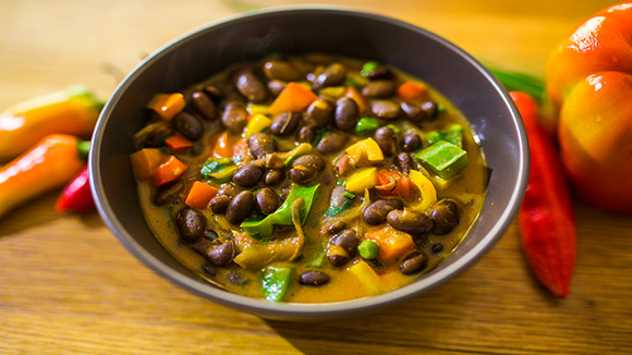 Coconut Njahi Curry