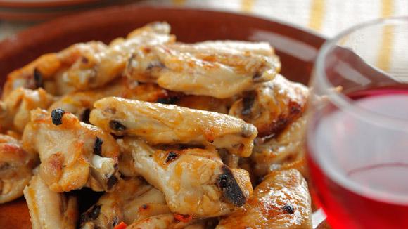Куриные крылышки в итальянском соусе